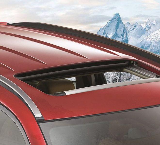 Automotive Mahindra XUV500 Exterior-9