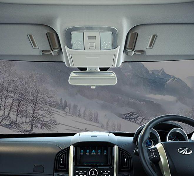 Automotive Mahindra XUV500 Interior-19